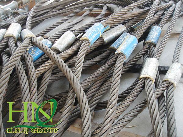 Dây sling cáp thép được sử dụng trong cẩu hàng hóa lớn
